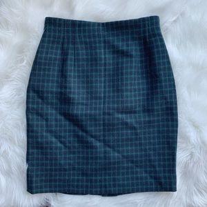 Vintage navy/green skirt